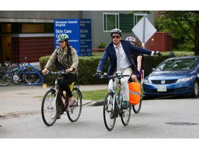 vancouver-bc_may-27_2016-arthur-orsini-commutes-on-his-bik